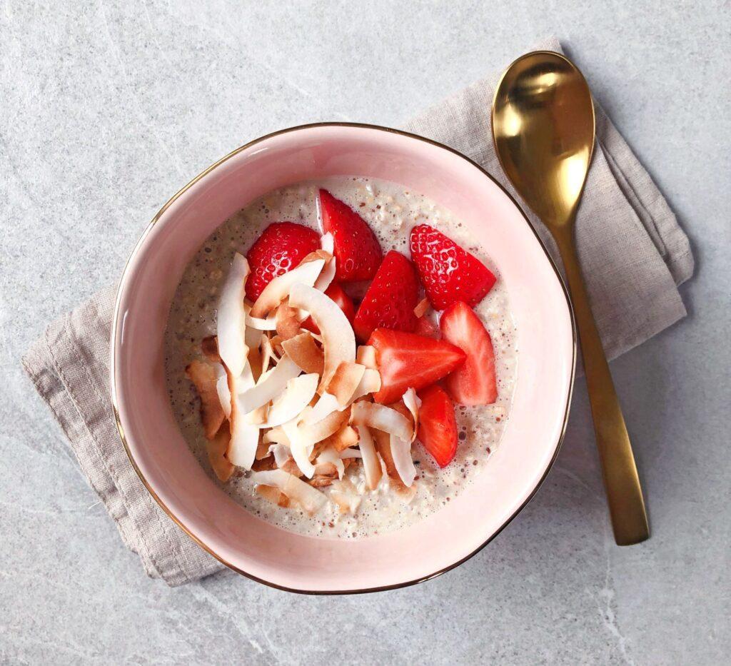 Overnight oats aardbei kokos